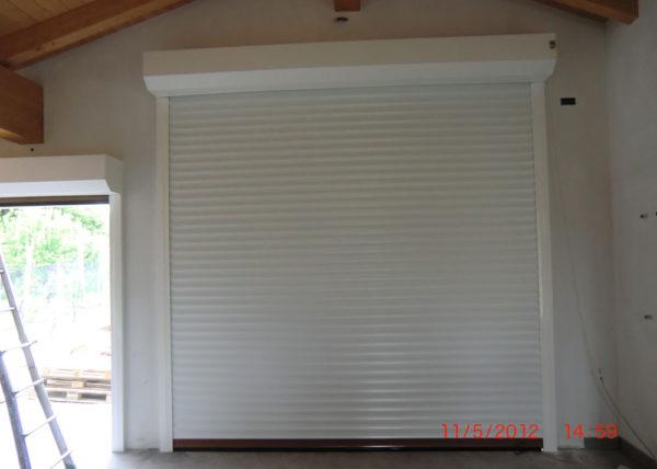 Serranda garage avvolgibile vista interna